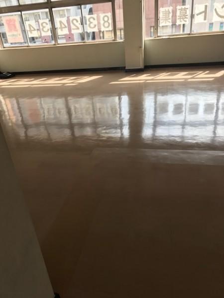 工事前の床